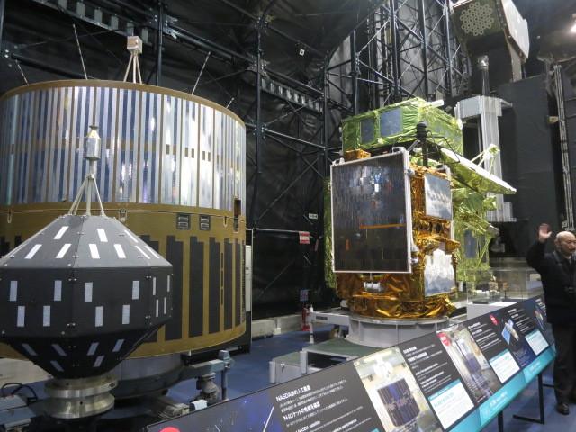 1.7人工衛星.JPG