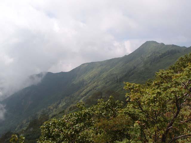 3.2剣ヶ峰山への稜線.JPG