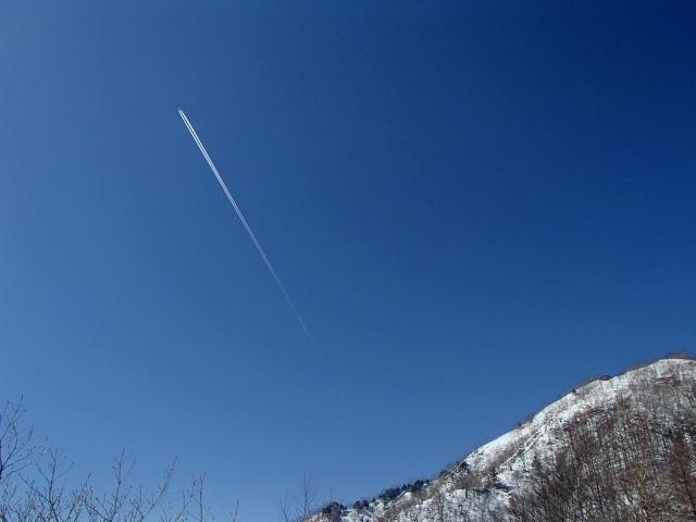 2.8飛行機雲.JPG