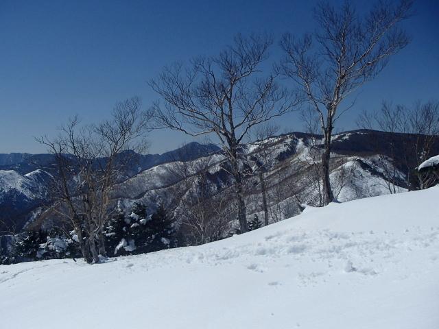 3.4大平山-黒檜岳~皇海山.JPG