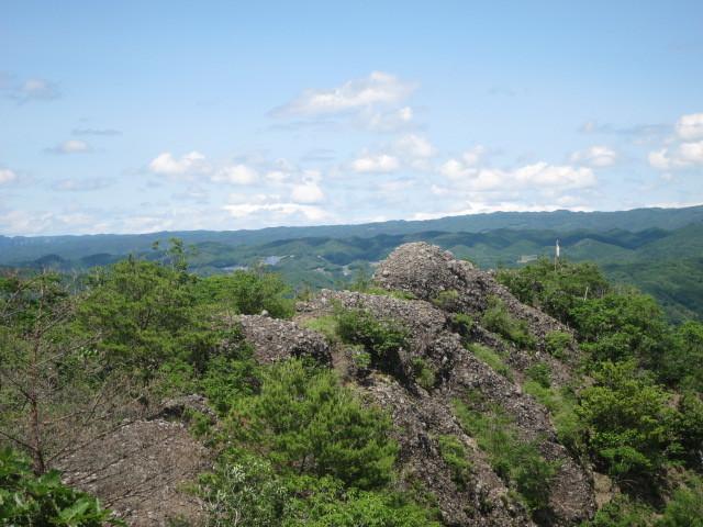 3.7東の岩稜.JPG