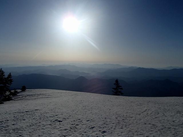 4.3南会津の山々に陽は上る.JPG