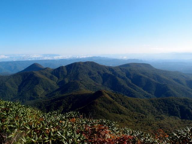 5.2小白森山と安達太良山.JPG