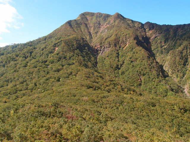 5.6甲子山への登りから振り返る.JPG