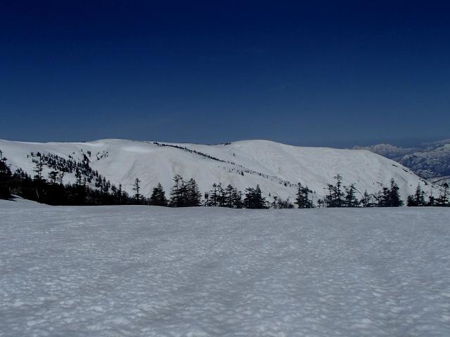 6.0真っ白い中門岳.JPG
